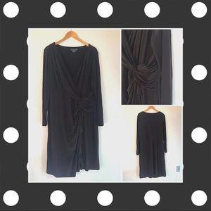 Calvin Klein 🖤 Black dress with details at waist